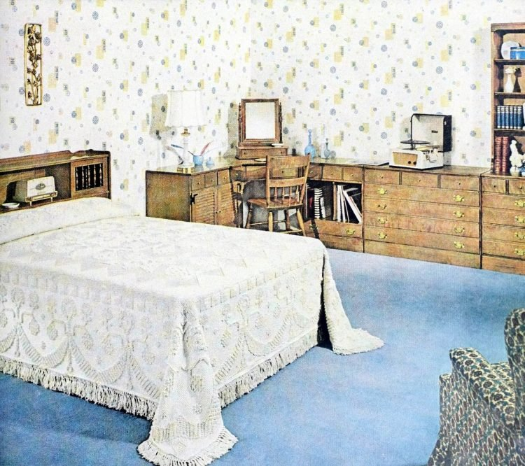 Vintage 50s master bedroom with white wallpaper and blue carpet