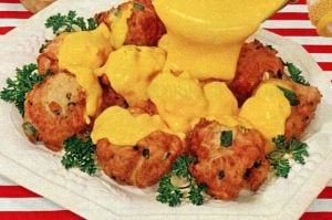 Vintage 50s recipe - Tuna fritters with cheese sauce (1959)