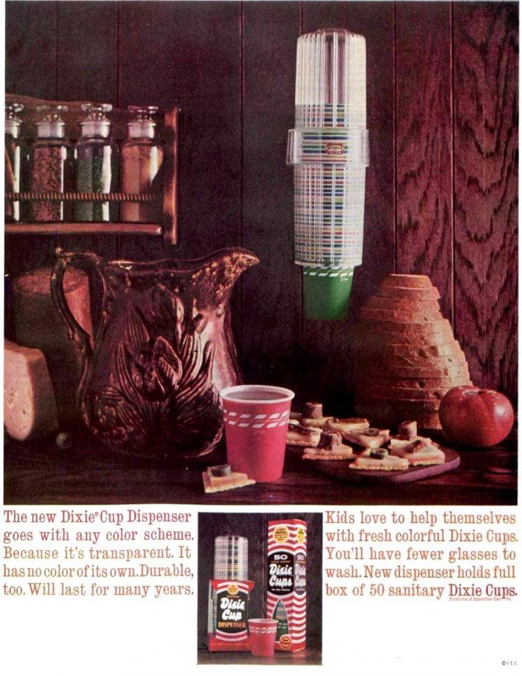 Vintage 60s Dixie cups (1961)