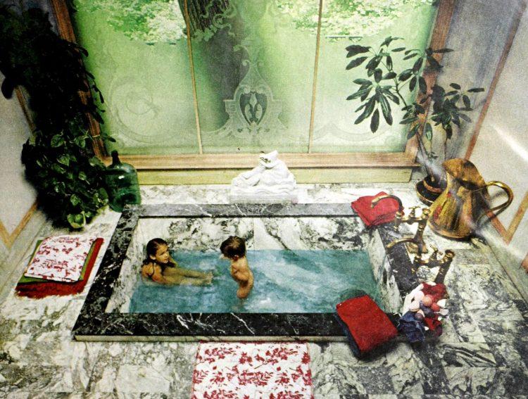 Vintage 60s bathroom decor - Airy atrium with sunken marble bathtub