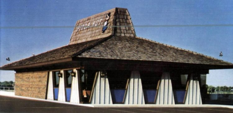 Vintage 70s Pizza Hut restaurants - 1970 (4)