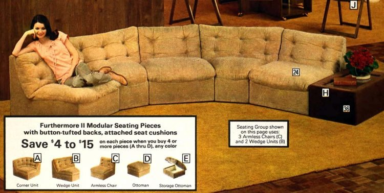 Vintage '70s curved sofas (1)