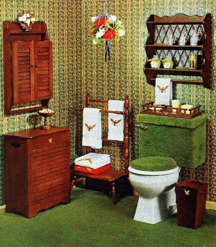 Vintage 70s green bathroom decor (2)