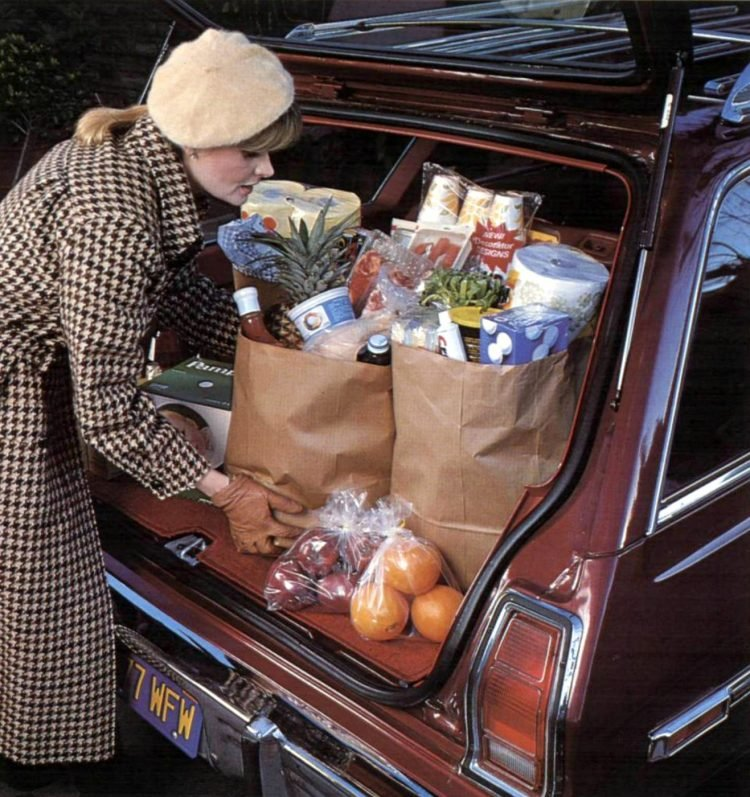 Vintage 70s supermarket scenes - 1978 - 14