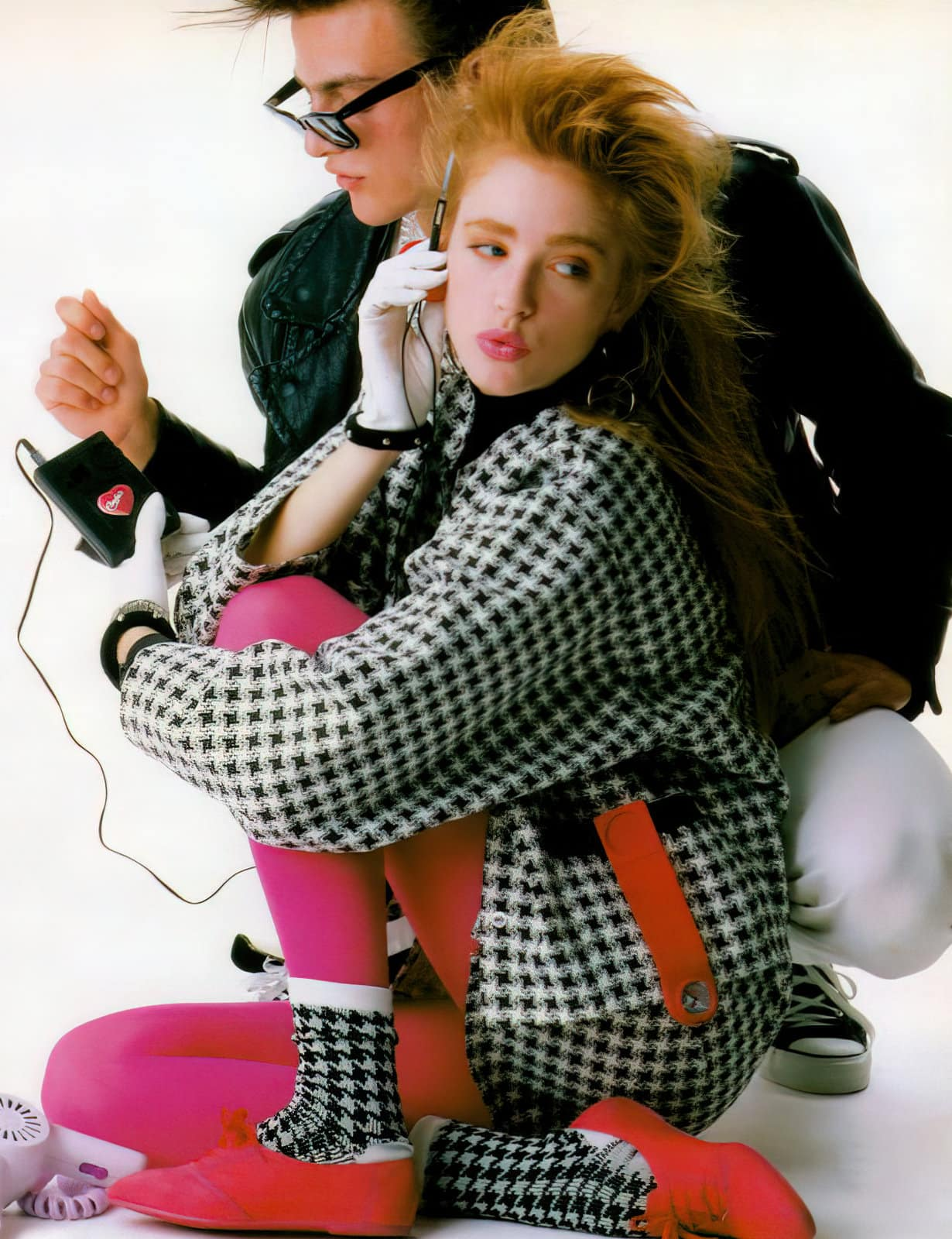 Vintage '80s tech and fashions
