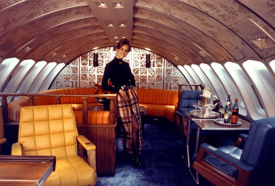 Vintage Boeing 747 airplane upstairs lounge