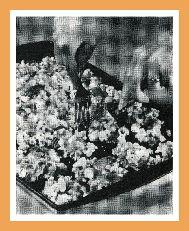 Vintage Christmas recipes and food gifts from the 60s - Caramel crunch popcorn
