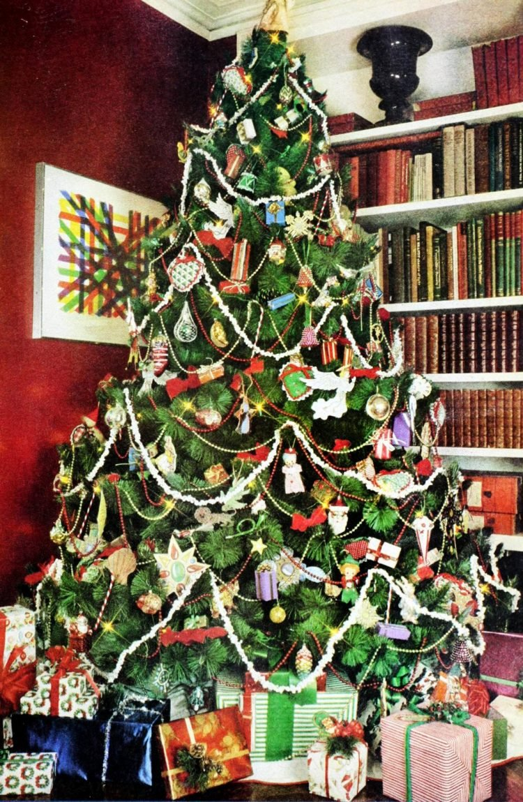 How Did People Decorate Christmas Trees Back In The 70s See 20 Different Ways Click Americana
