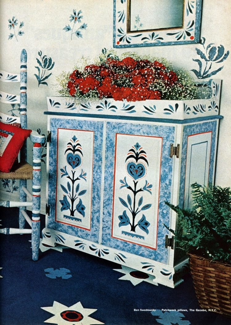 Vintage Colonial stenciling inspiration in 1975 (1)