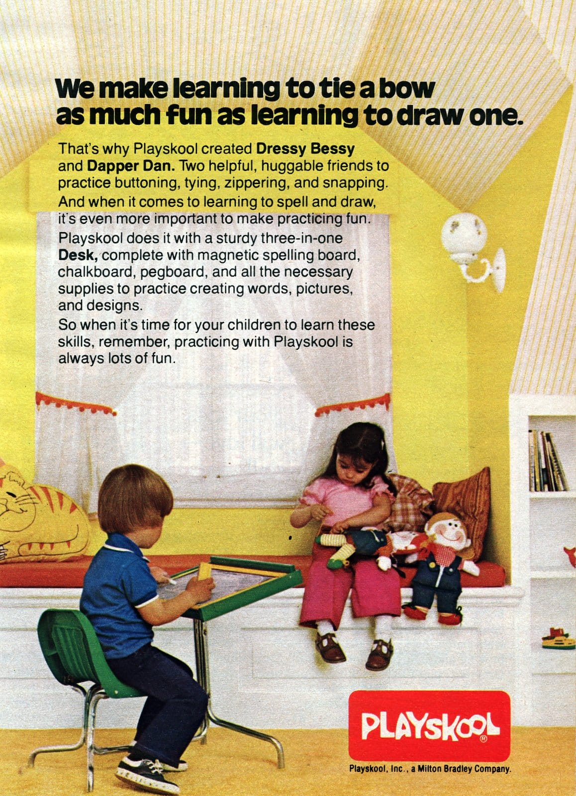 Vintage Dressy Bessy and Dapper Dan dolls plus 3-in-1 desk (1979)