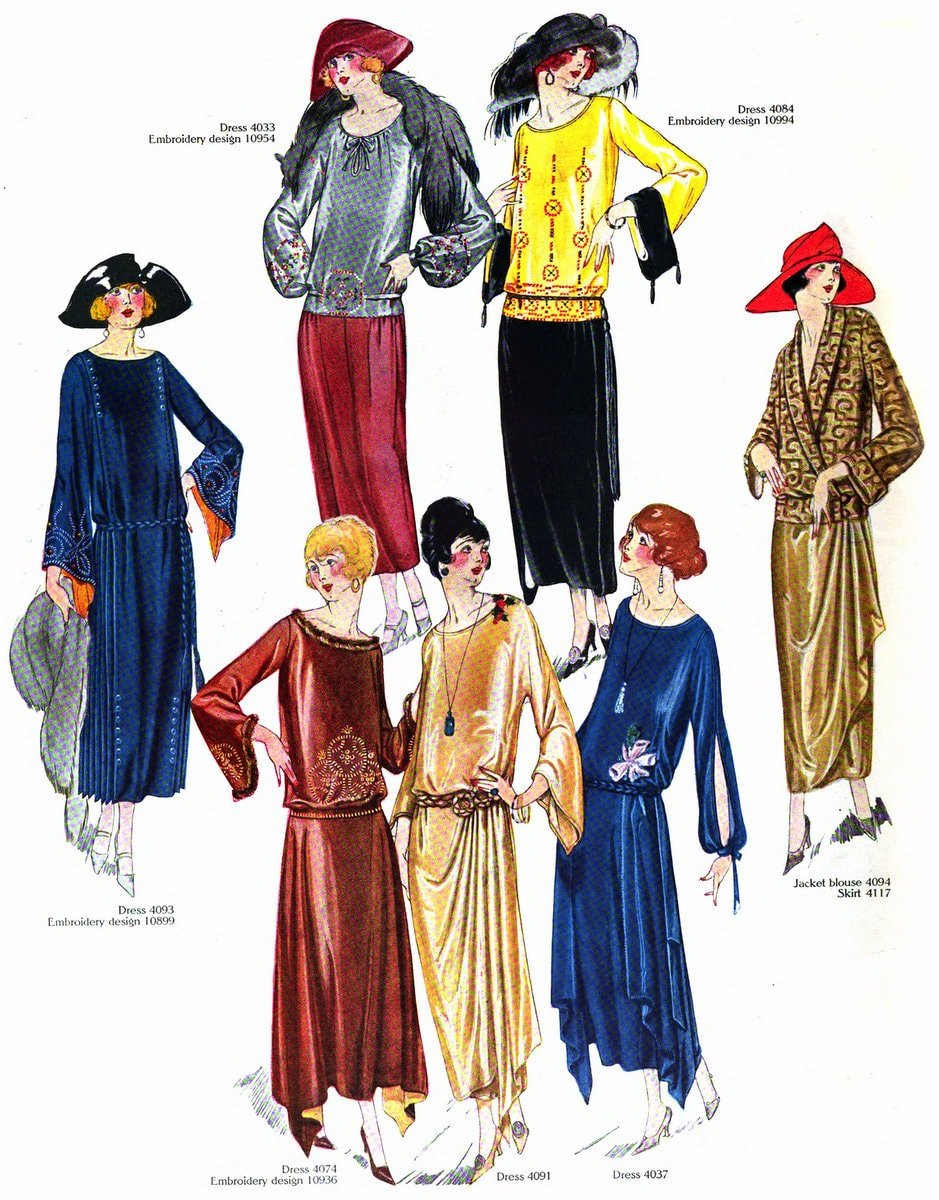 Vintage Fall-winter 1922 clothing styles for women (1)
