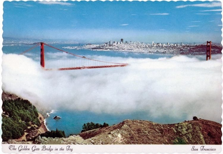 Vintage Golden Gate Bridge postcard - San Francisco
