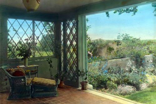 Vintage Gray Gardens - Hamptons NY 1916 Sunroom overlooking walled garden