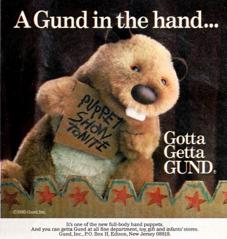Vintage Gund beaver puppet plush toy (1985)
