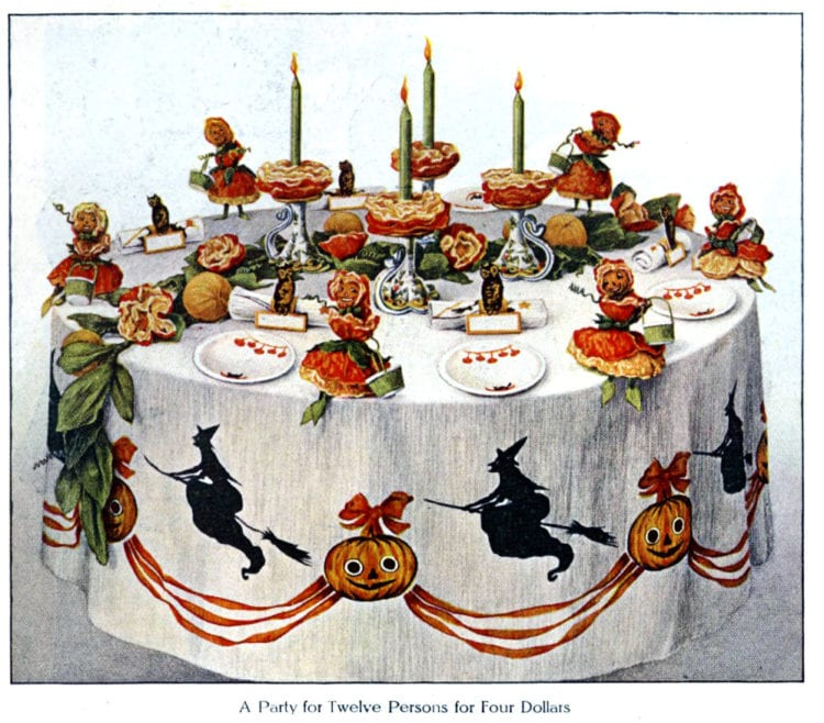 Vintage Halloween party decorations - Pumpkin blossom table