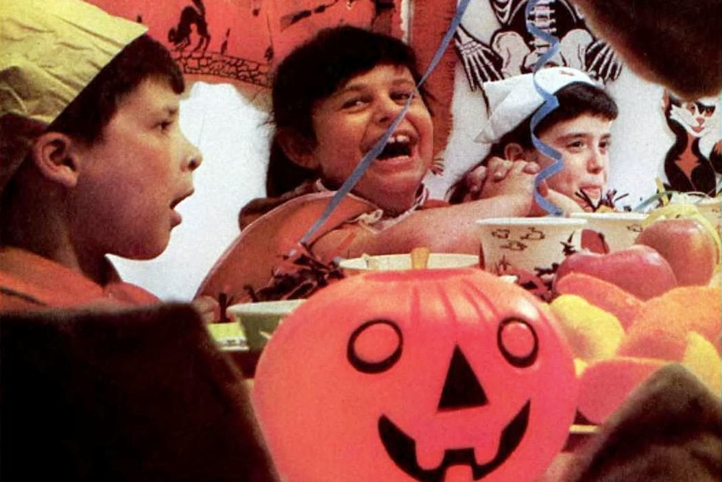 Vintage Halloween party ideas A collection of over 100 years of festive fun