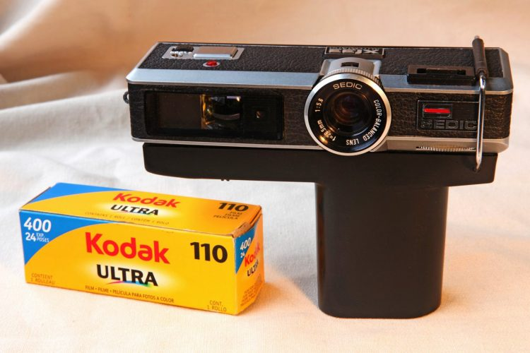 Vintage Instamatic-style camera from Sedic with Kodak 110 fim