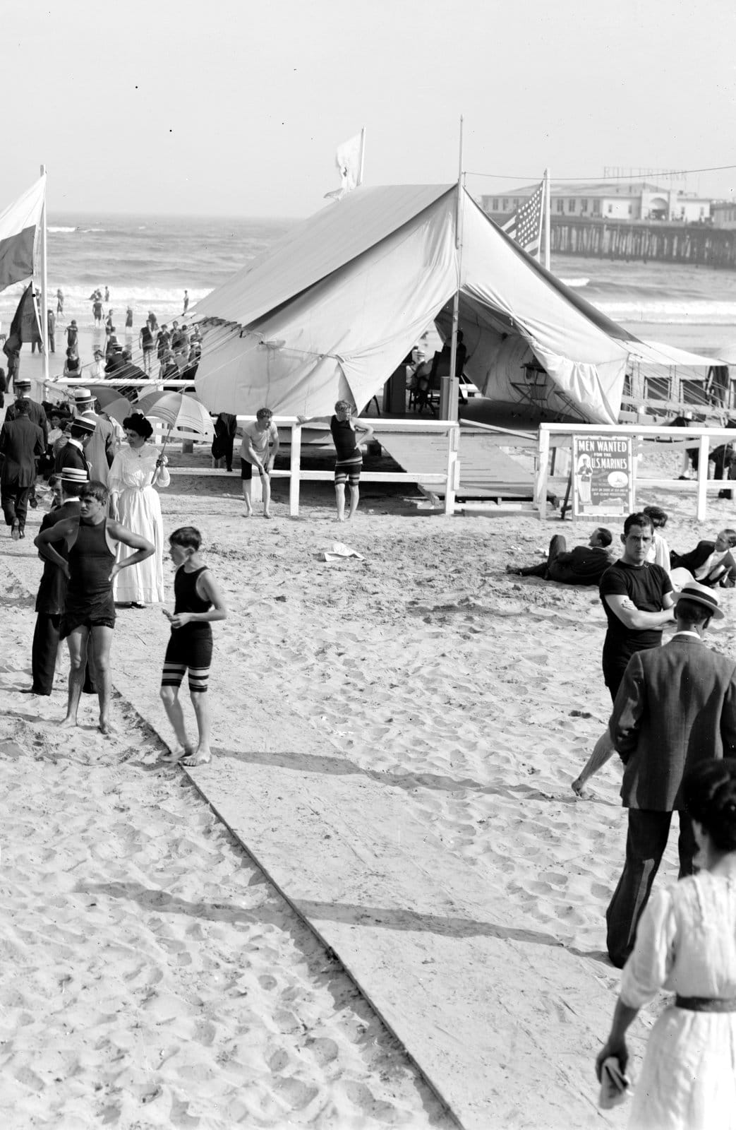 Vintage Jersey Shore beach scenes from the early 1900s (4)