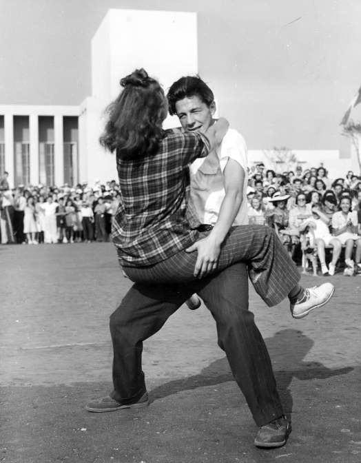 Vintage Jitterbug dancing from around 1939 - Via NYPL (1)