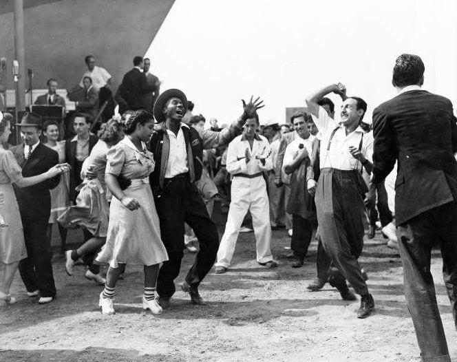 Vintage Jitterbug dancing from around 1939 - Via NYPL (4)