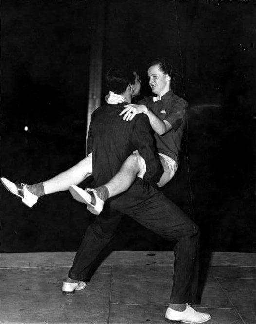 Vintage Jitterbug dancing from around 1939 - Via NYPL (5)