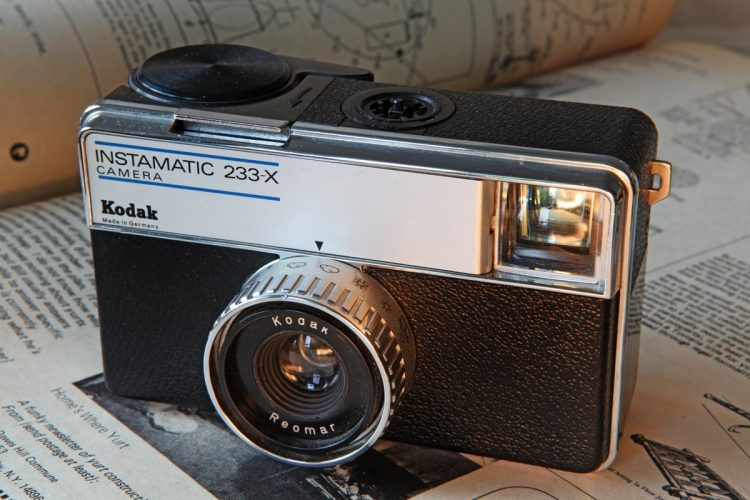 Vintage Kodak Instamatic camera 233