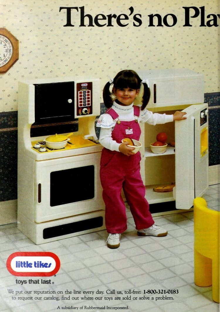 Vintage Little Tikes play kitchens from 1987 (2)