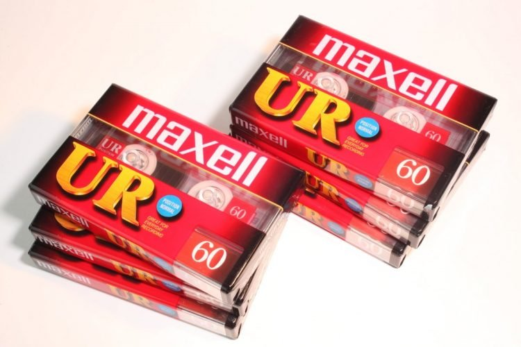 Vintage Maxell cassette tapes (5)