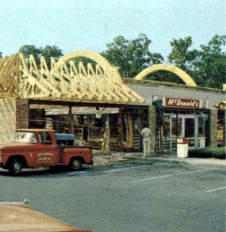 Vintage McDonald's fast food restaurant 1970s (1)