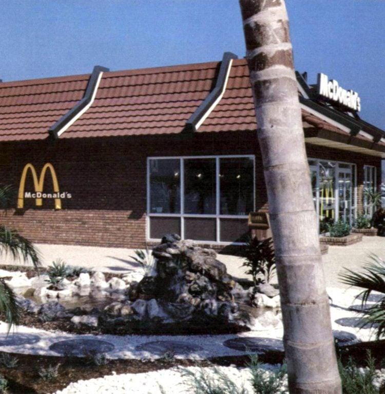 Vintage McDonald's fast food restaurant 1970s (10)