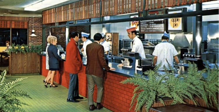 Vintage McDonald's resturants in the 1960s (3)
