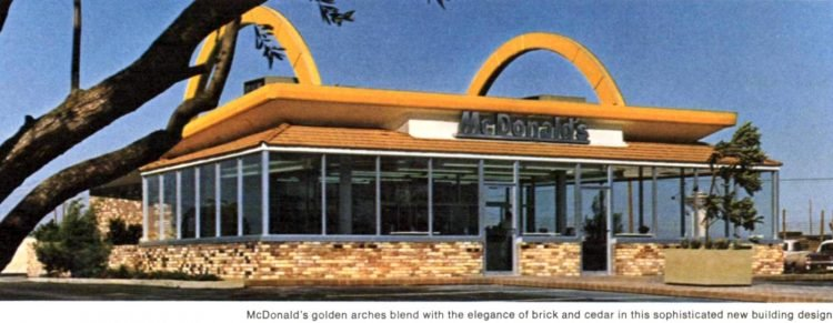 Vintage McDonald's resturants in the 1960s (7)