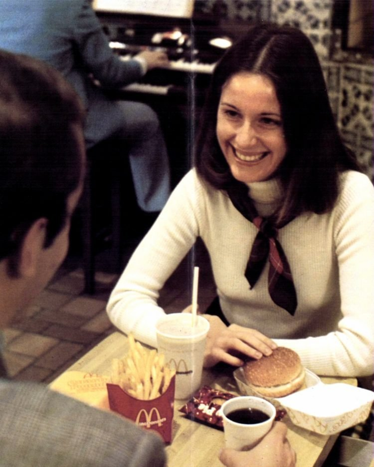 Vintage McDonald's resturants in the 70s (1)