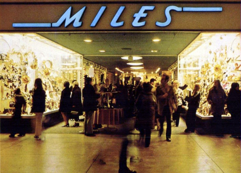 Vintage Miles shoe store (1970)