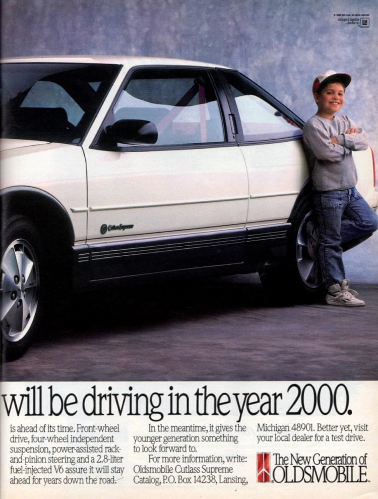 Vintage Oldsmobile Cutlass Supreme cars from 1989 (2)
