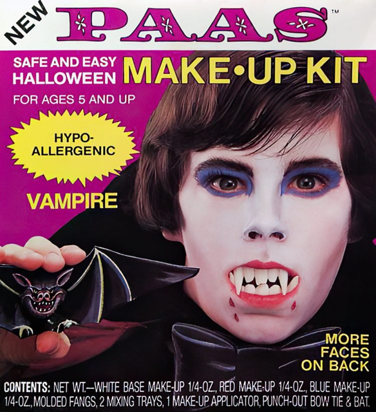 Vintage Paas Halloween makeup kit - Vampire