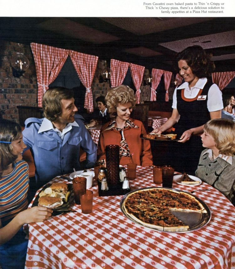 Vintage Pizza Hut restaurants - 1976 (5)