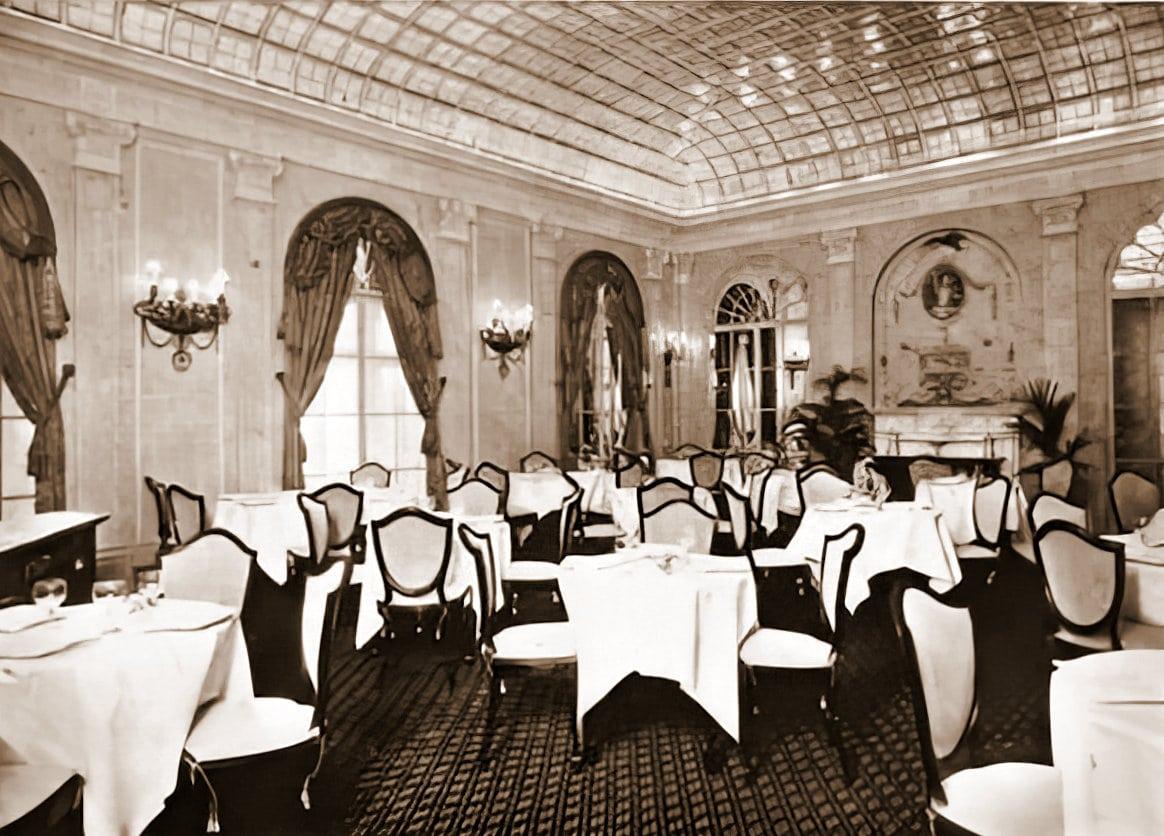 Vintage Ritz-Carlton hotel interior - Pall Mall room (1911) - ClickAmericana com
