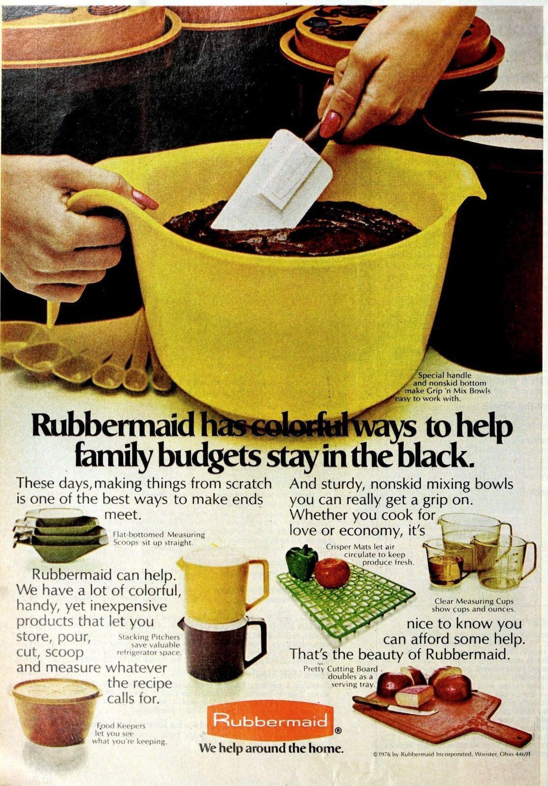 Vintage Rubbermaid plastic bowls and food storage (1976)
