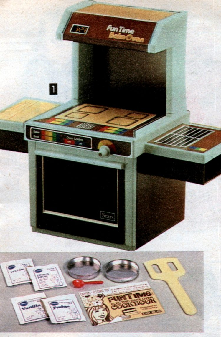 Vintage Sears Fun Time Bake Oven from 1981
