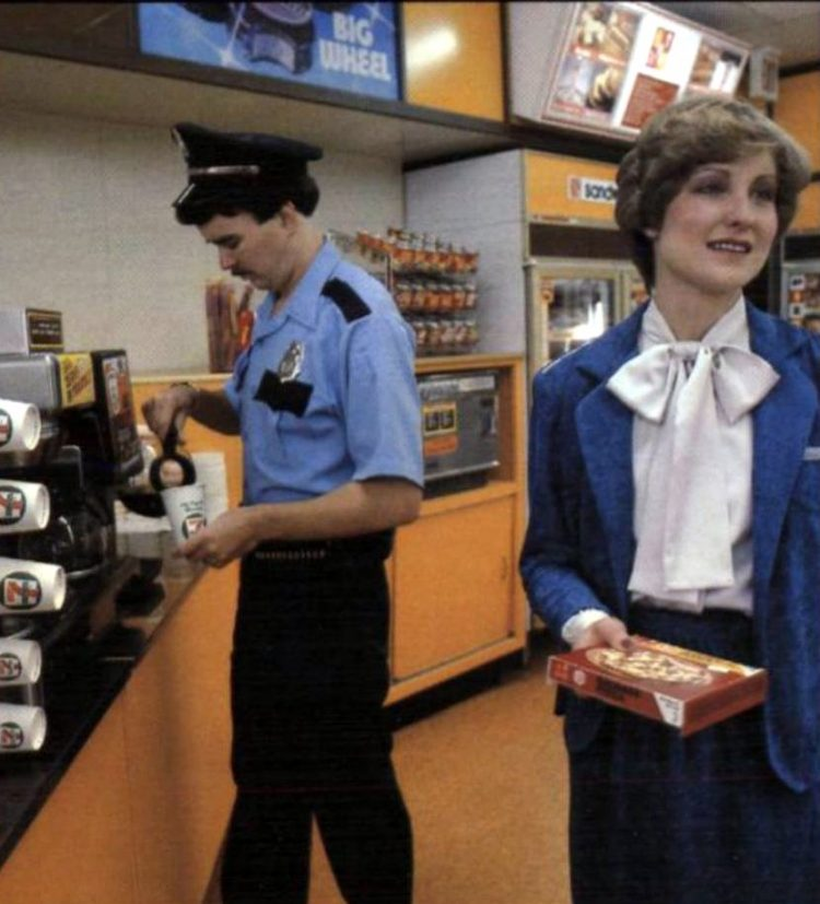 Vintage Seventies 7-11 stores from 1979 (3)