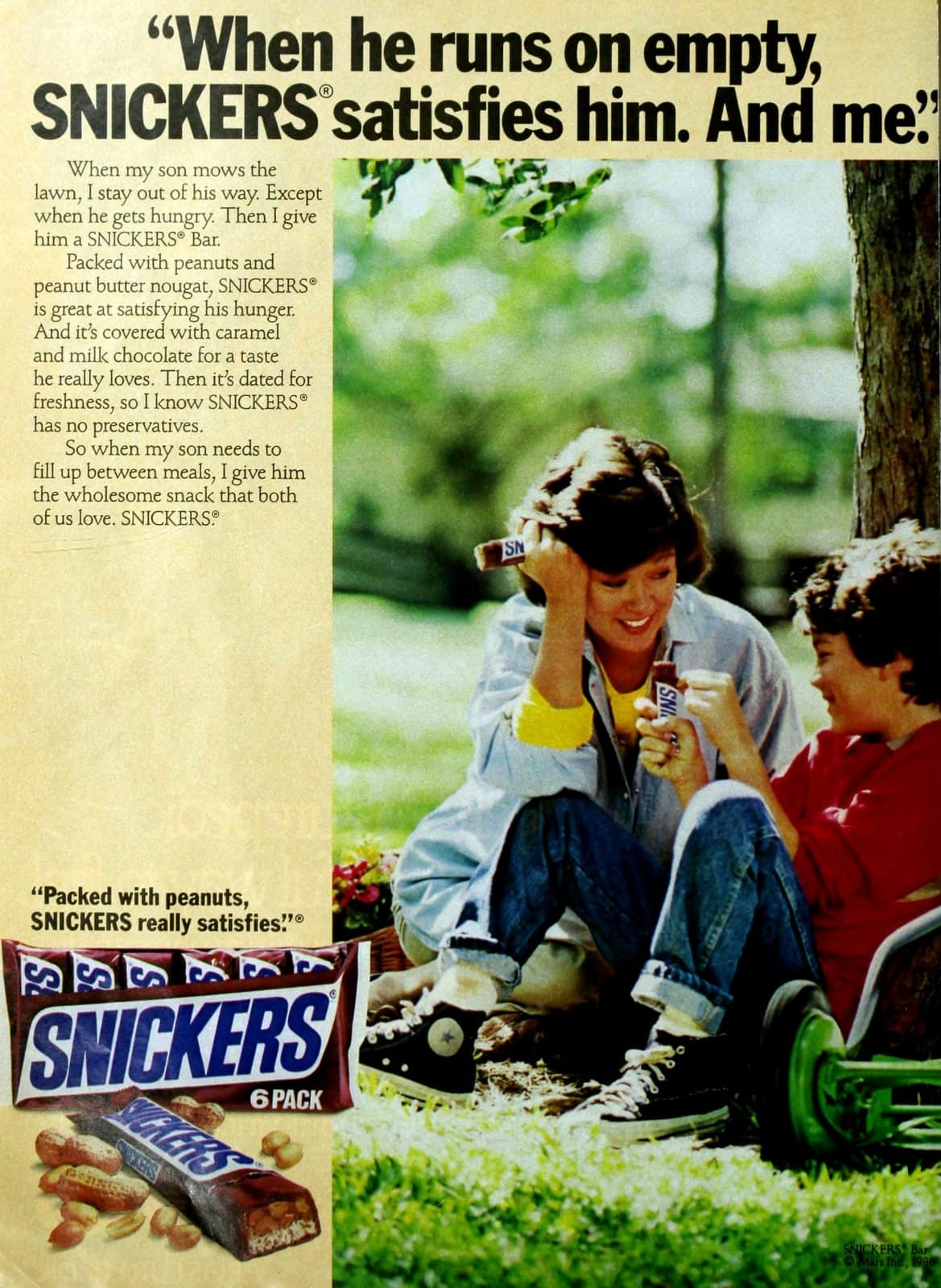 Vintage Snickers candy bars (1986)