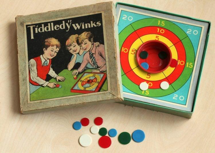 Vintage Tiddledy Winks game