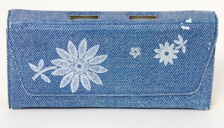 Vintage Tinkerbell 1970s manicure set case