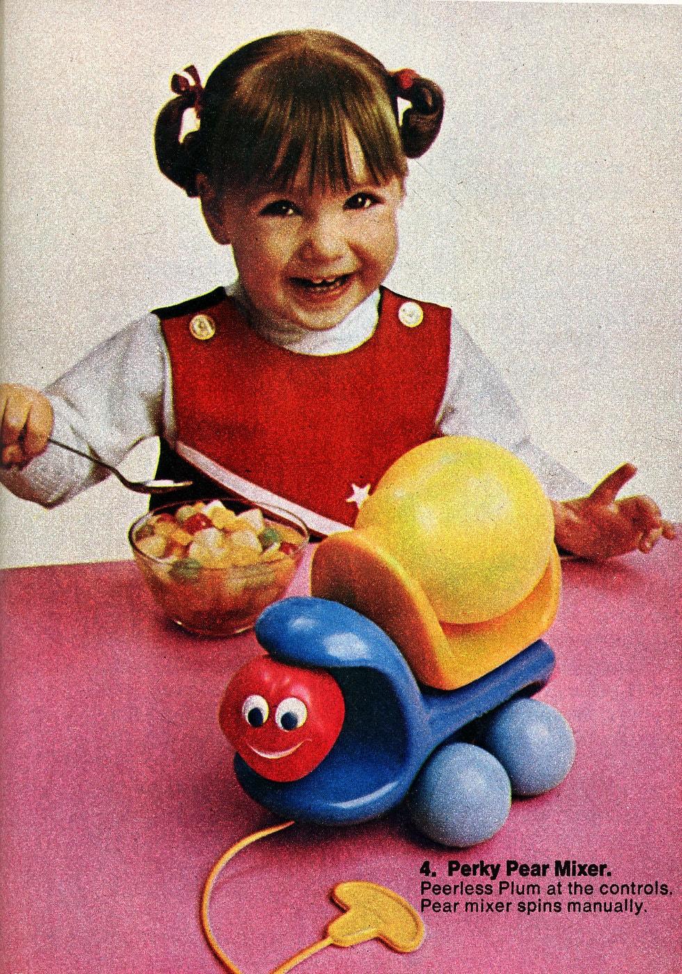 Vintage Tonka Toddler toys - Perky Pear Mixer (1972)