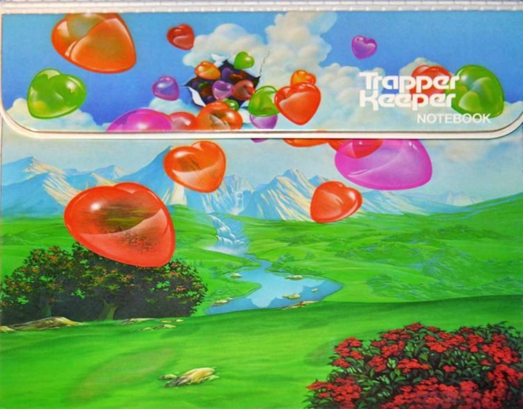 Vintage Trapper Keeper portfolio floating hearts