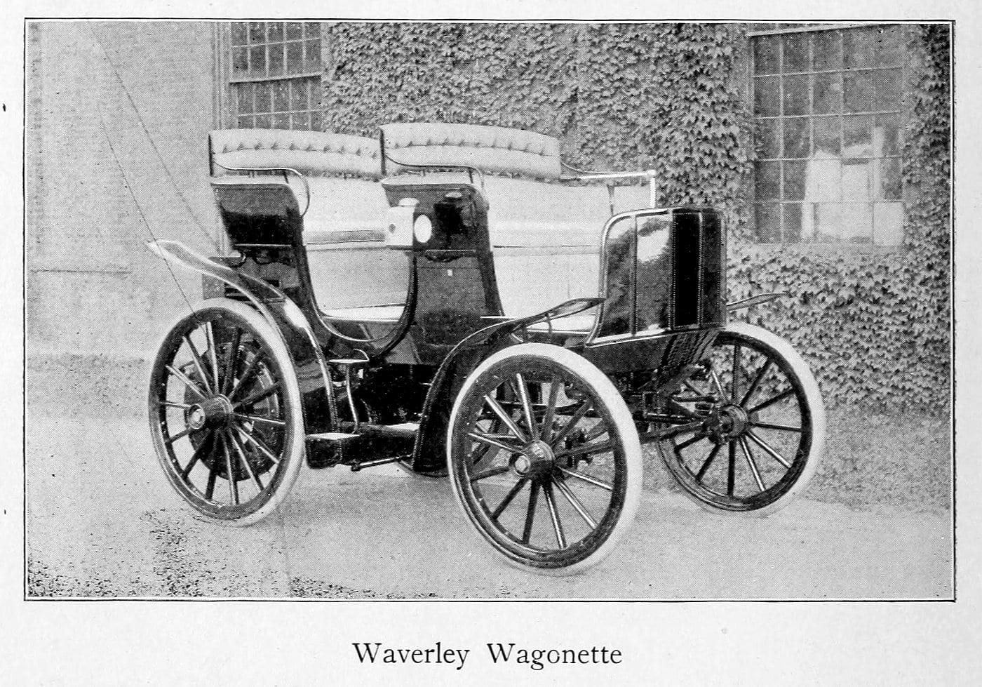 Vintage Waverley wagonette (1899)