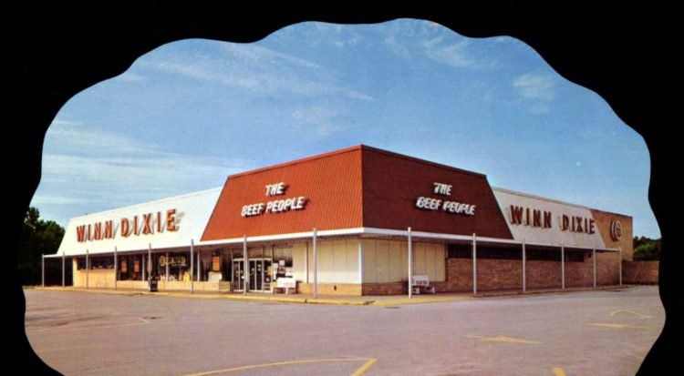 Vintage Winn-Dixie supermarket in 1974