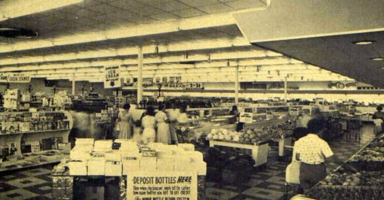 Vintage Winn Dixie supermarkets in the late 1950s (3)