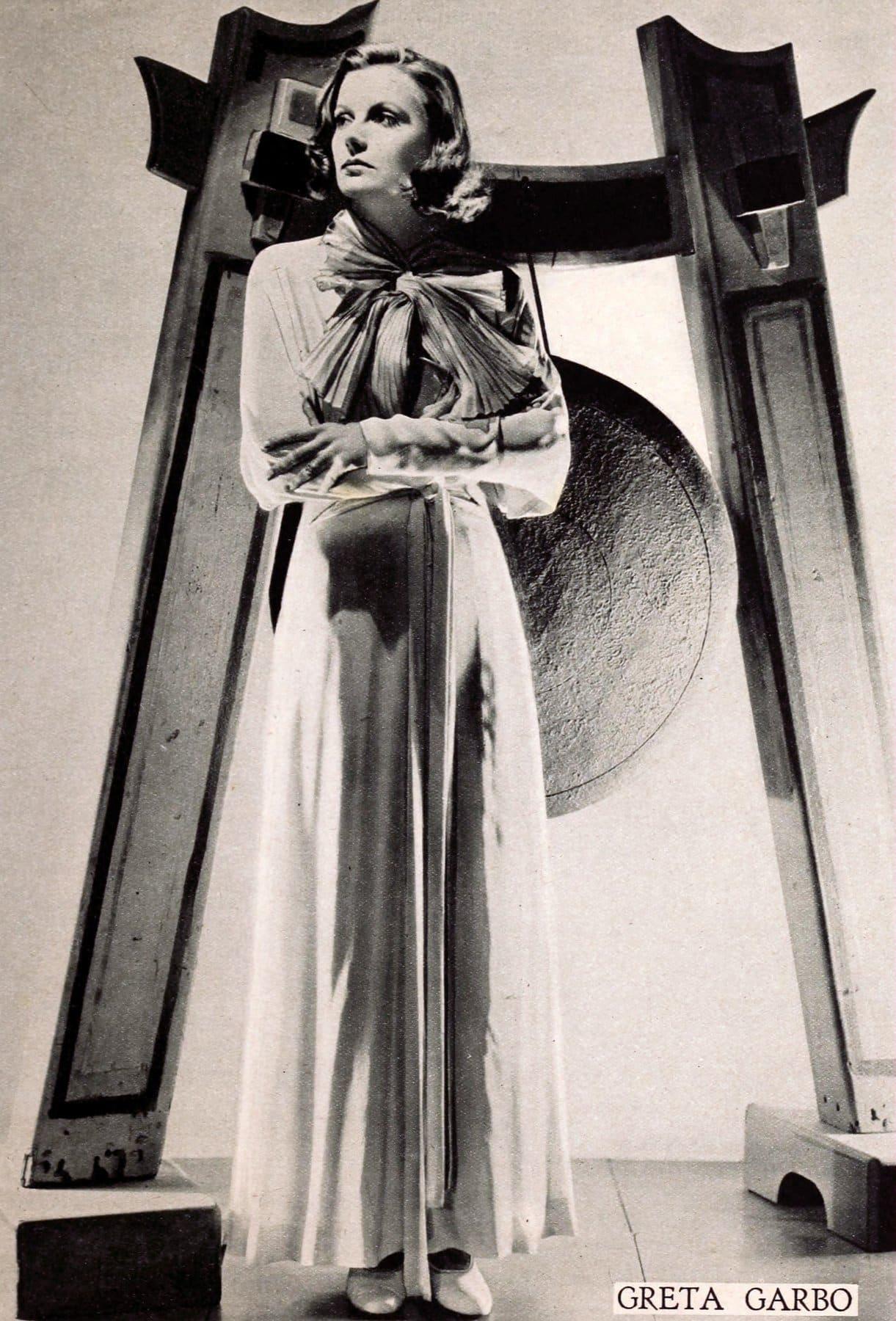 Vintage actress Greta Garbo standing (1928)